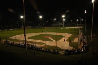 Image of baseball diamond